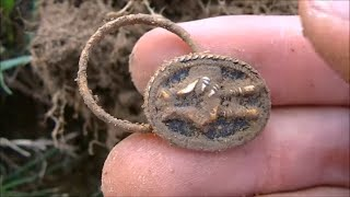 Metal Detecting 1950's House. LOADS of Targets! (Found Ring, Old Coins, Silver, Toy Cars & More!)