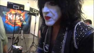 "KISS ""Meet and Greet"" Experience in Everett WA"
