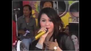 Dian Anic - Selingkuh Demenan (Live show)