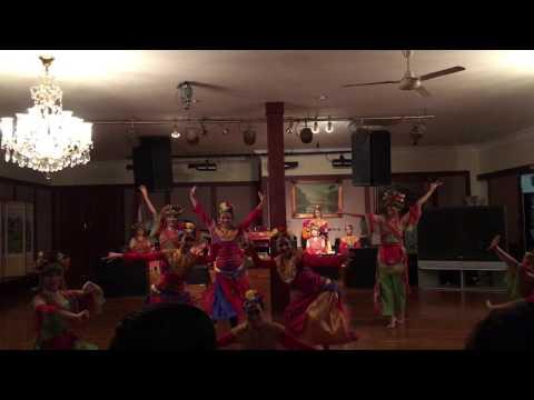 Ginjring Party Dance at Folkloriada 2016 Inauguration