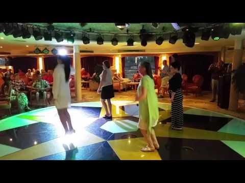 Gate 1 Century Cruise on the Yangtze with Lynne Dancing