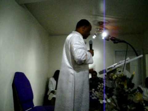 Pastor Tracy Holloman