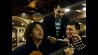 ГРУЗИНЫ ПОЮТ НА КАЗАХСКОМ ЯЗЫКЕ / Красивая Песня / на гитаре / застольные песни