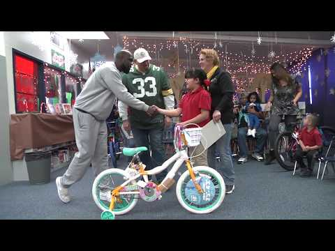 Stanton Elementary Students Get Bicycles for Christmas