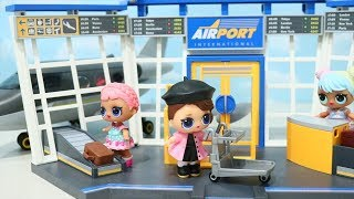 Airport Trouble ! Toys and Dolls Fun Pretending that LOL Surprise Babies Lose Their Luggage