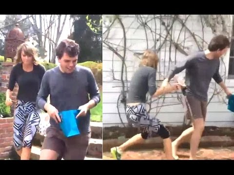 Taylor Swift & Brother Austin Battle It Out In Easter Egg Hunt - (April 5, 2015) 'VIDEO'