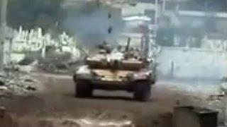 ᴴᴰ Syria ♦ Men versus Tanks in Darayya