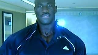Mature Blk Muscle Mane 💪💪🍫