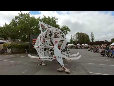 2018 Bay Area Makerfaire Giant Robot Prosthesis
