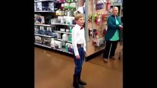Yoldelling Boy Mason Ramsey in Walmart
