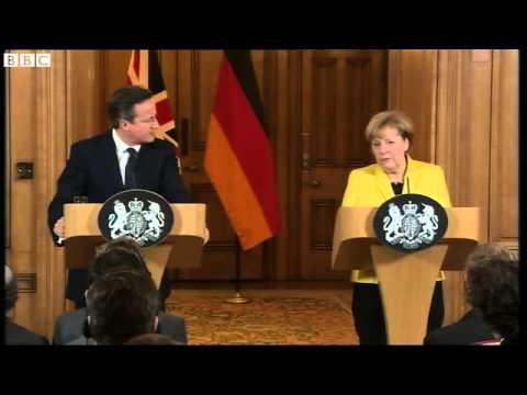 Angela Merkel: Greece should stay in eurozone