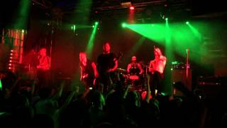 Raised Fist på Sticky Finger 2015-01-21