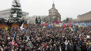 Pro-Europe protesters keep up their demands for Ukraine