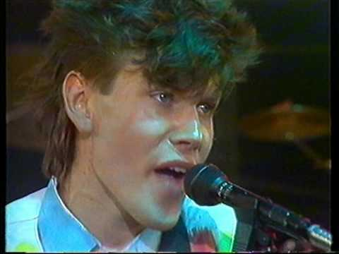 Roberto Jacketti & The Scooters - One day's enough like this 1985