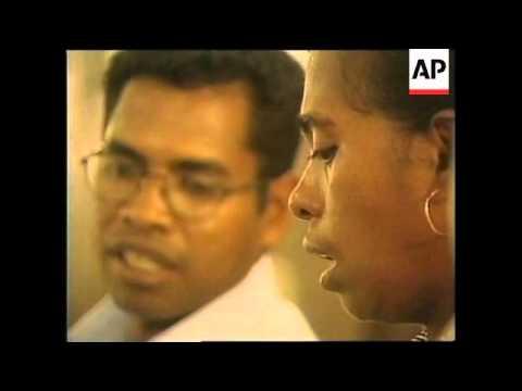 EAST TIMOR: DILI: UN SET UP RADIO STATION  (V)