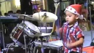 Bébé Batteur Des Red Hot Chili Peppers (chuck Biscuits)
