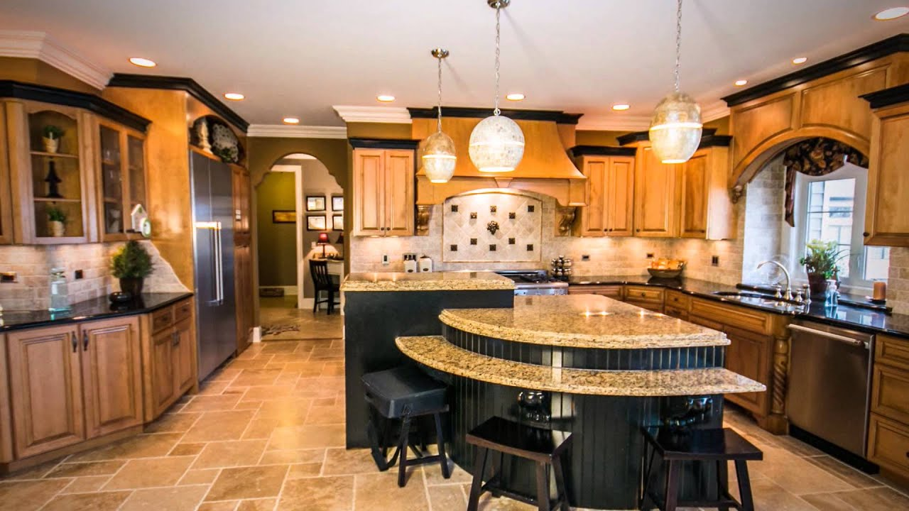 Kitchen design ideas showcasing a variety of styles and for Luxury kitchen layout