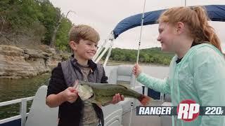 Ranger RP220F Reata Pontoon On-Water Footage