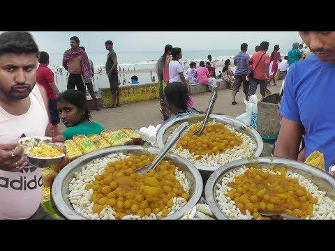 Breakfast with Muri Ghugni | Street Food Digha Sea Beach West Bengal