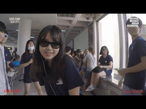 Choi Yoojung _ 최유정 _Weki Meki Dancing (Part 4)