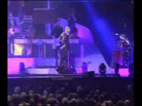 Helene Fischher  - Mitten In Paradies  - Live  2010 -.avi