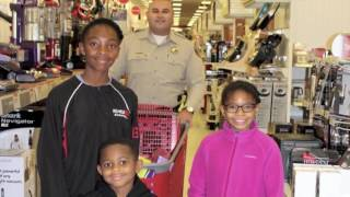 Ventura County Sheriff's Office 'Shop with a Cop' 2016