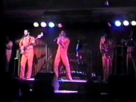 Band of Oz OCEAN BOULEVARD  Live at the Windjammer 1982.wmv