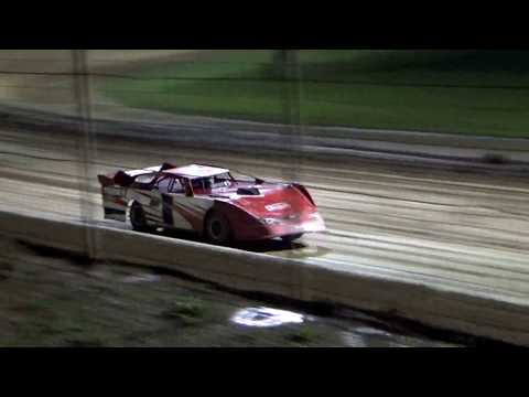 CrazyJohn Videos Portsmouth 8/18/18 Limited Late model heat Two