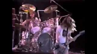 L7 - (Right On) Thru (Live Hollywood Rock)