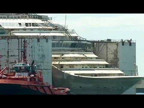 Costa Concordia wreck docks in Genoa