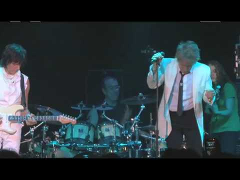 Flashback: Rod Stewart and Jeff Beck's Surprise Reunion