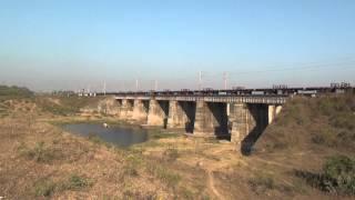 Empty Vessels Make More Noise -- Proof - Flat Bed Wagon Captured Over Sanjan Bridge !