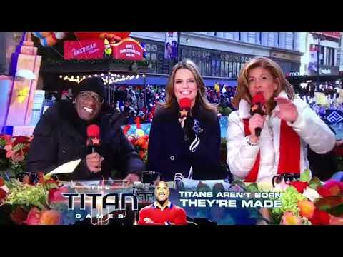 Download Park Vista at the Macy's Thanksgiving Day Parade (Video Credit: tpfirth1)