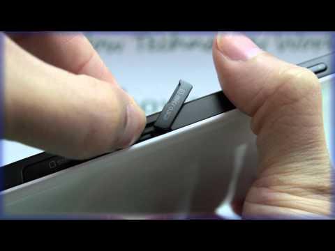 Samsung GALAXY Tab: Inserting the Memory Card