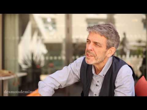 Des mots de minuit - Mot à Mot - Avignon 2016 : Vincent Dedienne