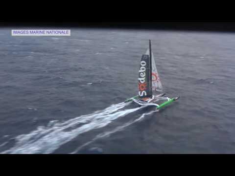 Tour du Monde Sodebo J+49 - La marine nationale survole Sodebo Ultim'