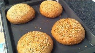 Dinkelbrot backen / selber Brot backen - Rezept und Anleitung