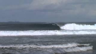 Surfsessions - DAY OFF @ Indonesia - Free surfer: Leonardo Villas Boas (Piggy Productions)