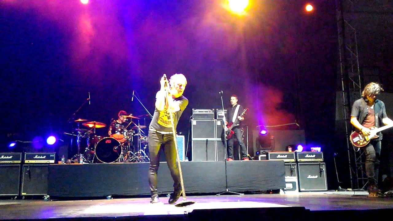 collective soul why pt 2 live quito 2015 youtube. Black Bedroom Furniture Sets. Home Design Ideas
