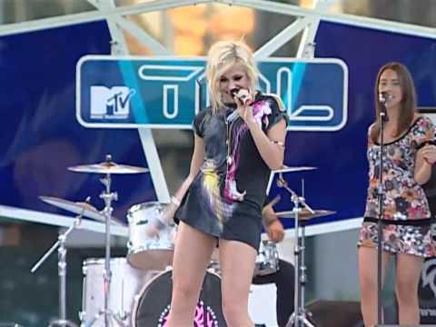 Pixie Lott -Live- Boys and Girls (TRLIDS 2009)_[HD]