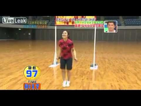cute girl - guinness world record - fastest jump rope