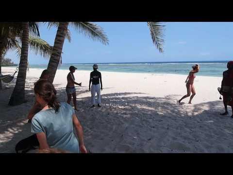 PC238441   Tiwi beach