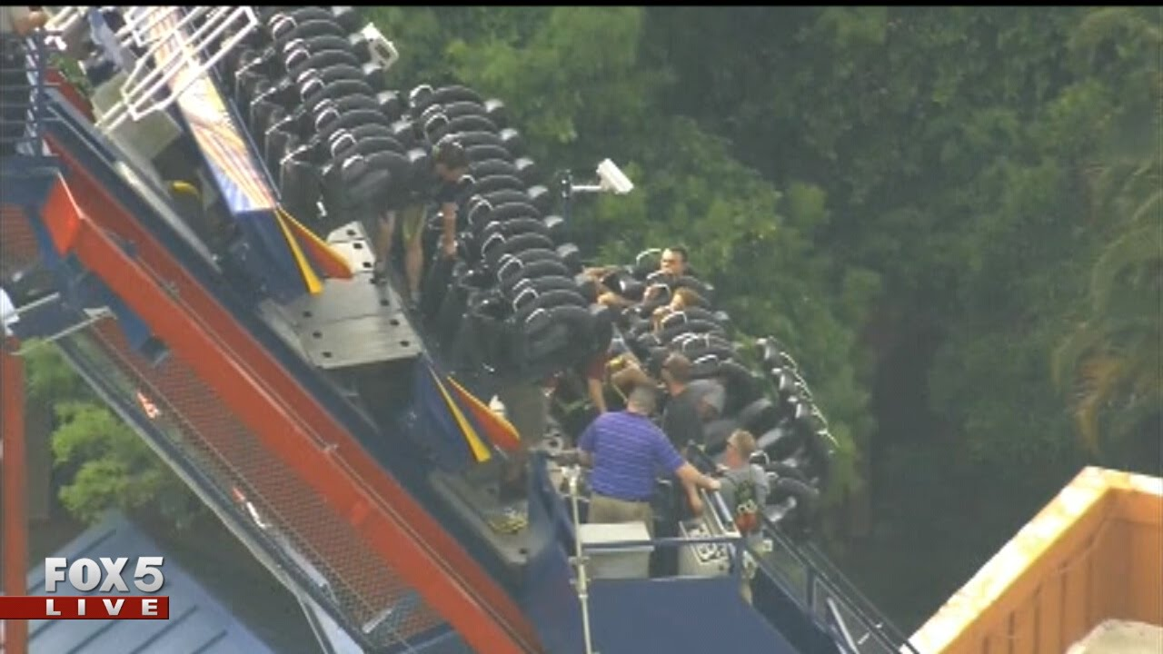 Roller coaster stuck at busch gardens tampa youtube - Roller coasters at busch gardens ...