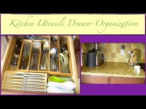 An Organized Home: Kitchen Utensils Drawer Organization Part 1 of 2 {how to organize}