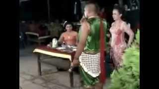 Download Video HOT.. Campursari rusuh, mesum, kocak banget MP3 3GP MP4