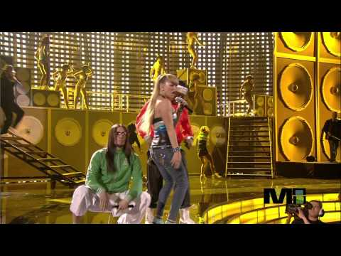 Black Eyed Peas - My Humps (Live)