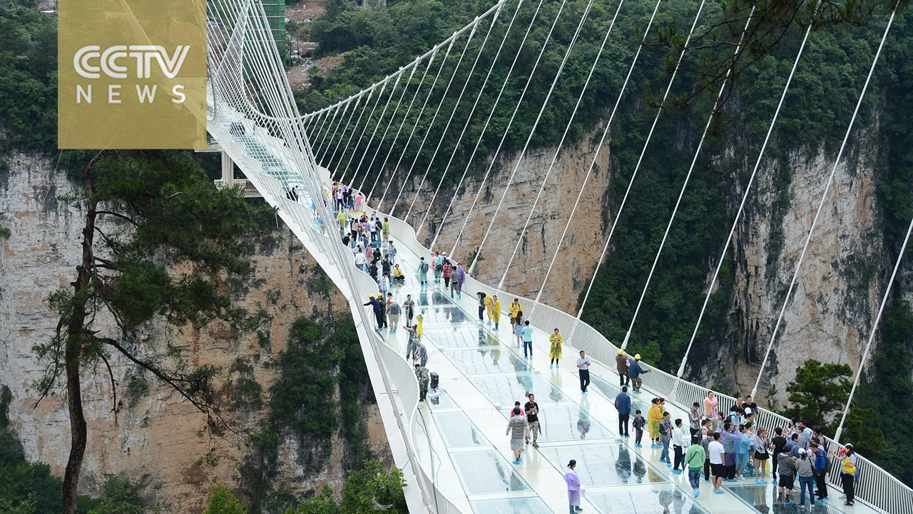 Worlds Highest And Longest Glass Bridge To Open In China YouTube - China opens worlds longest skywalk