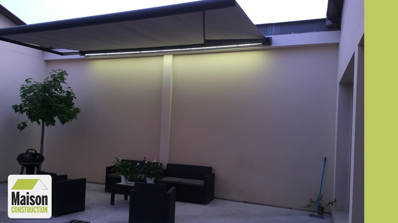 Installation d'un store banne coffre motorisé avec éclairage LED - YouTube