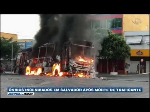 Ônibus são incendiados em Salvador após morte de traficante