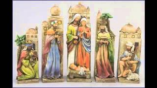 Faux Wood Carved Old World Nativity Scene That Measures 10 Inches In Height - Chrm1002